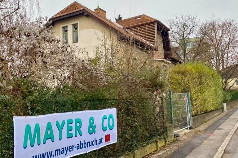 Gründerzeithaus in der Breitenfurter Straße 529 in Kalksburg wird abgerissen, Liesing, Wien