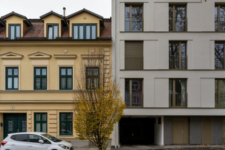 Altbau neben Neubau in der Weinzingergasse, Döbling, Wien, Neubau ersetzt Jahrhundertwendehaus