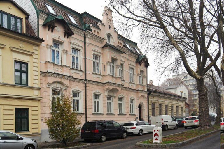 Weinzingergasse 5 vor dem Abriss, Döbling, Wien, Jahrhundertwendehaus, Stuck, historische Architektur