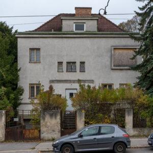Villa aus den 1930ern in Gefahr