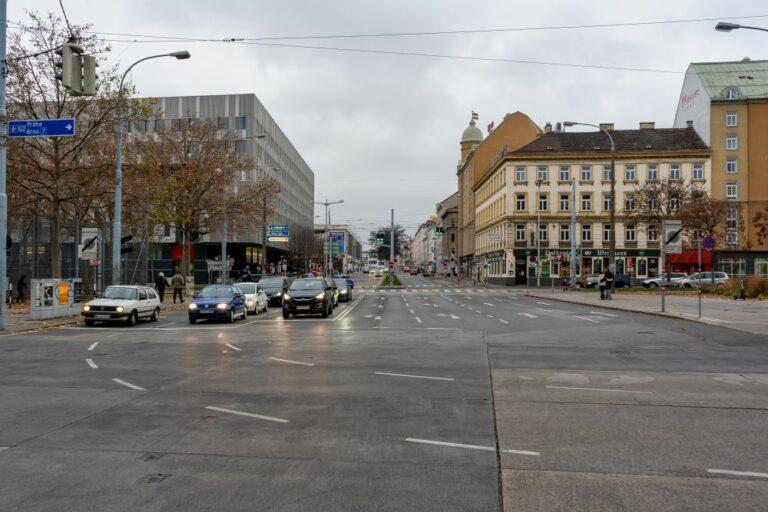 Neubaugürtel und Felberstraße, Wien, Rudolfsheim-Fünfhaus