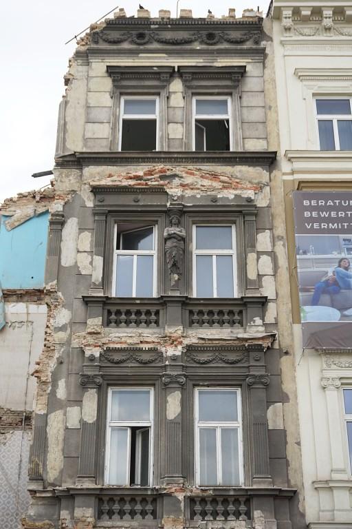 Abriss des Gründerzeithauses Mariahilfer Gürtel 33, 1150 Wien, Historismusfassade
