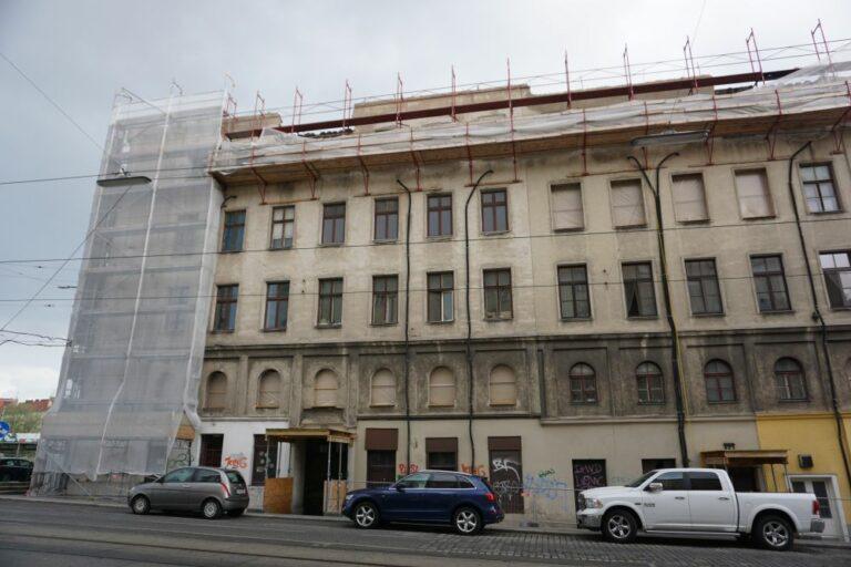 Gebäude in Wien nach einem teilweisen Abriss, Radetzkystraße, Dampfschiffstraße