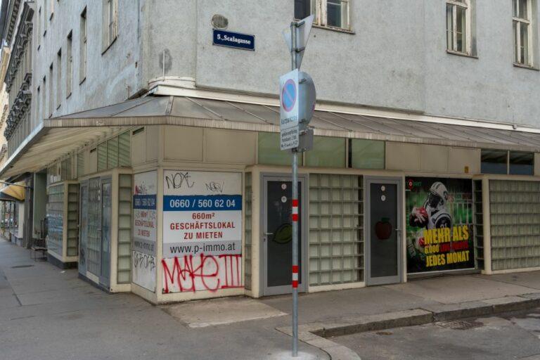 leeres Geschäftslokal auf der Reinprechtsdorfer Straße, Ecke Scalagasse, 5. Bezirk, Wien