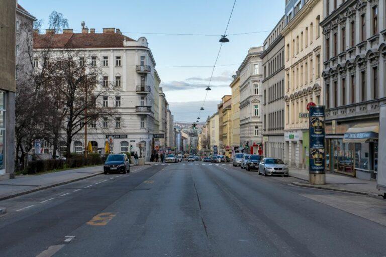 Reinprechtsdorfer Straße in Wien-Margareten, Gemeindebau, Fahrbahn
