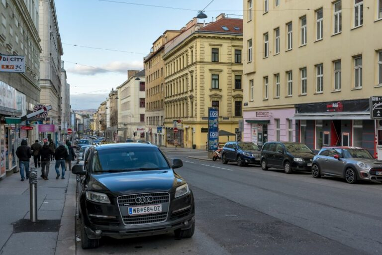 öffentlicher Raum in der Reinprechtsdorfer Straße, Wien