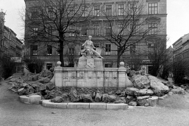 Siebenbrunnen in den 1940ern, Wien-Margareten