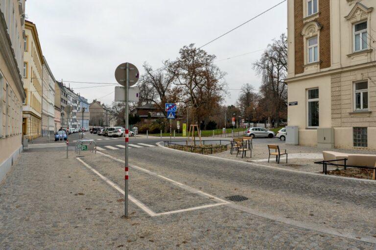 Goldschlagstraße beim Matznerpark, 1140 Wien