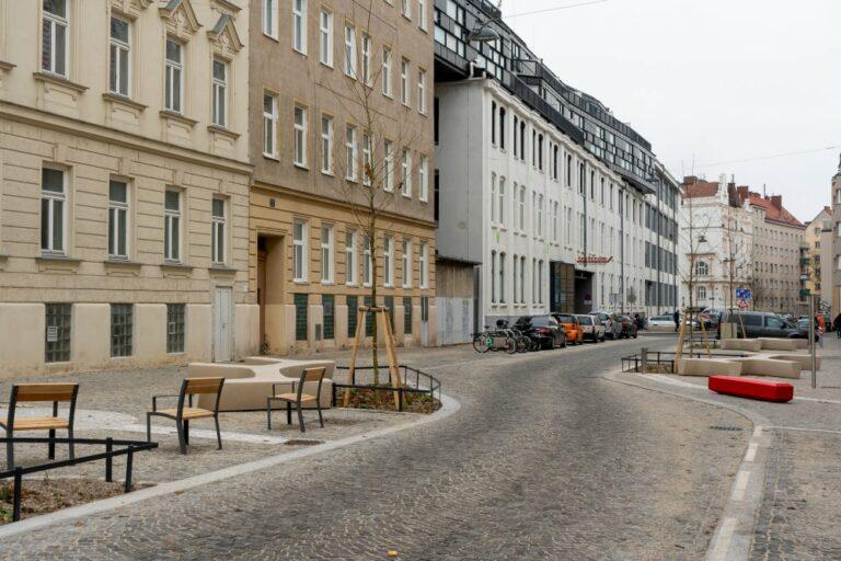 Goldschlagstraße nach der Umgestaltung, Penzing, Wien