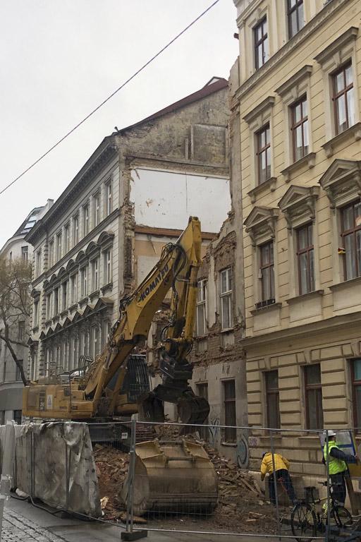 Altbau wird demoliert, 1030 Wien