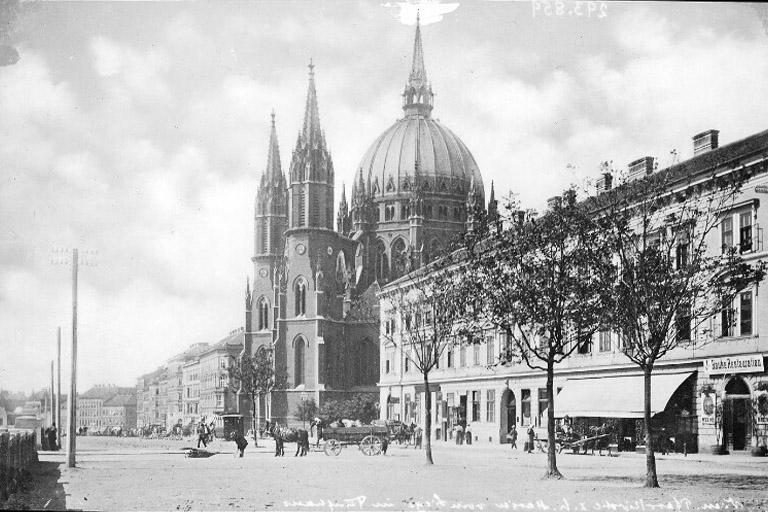 1900: Mariahilfer Gürtel mit der Kirche Maria vom Siege (ÖNB)