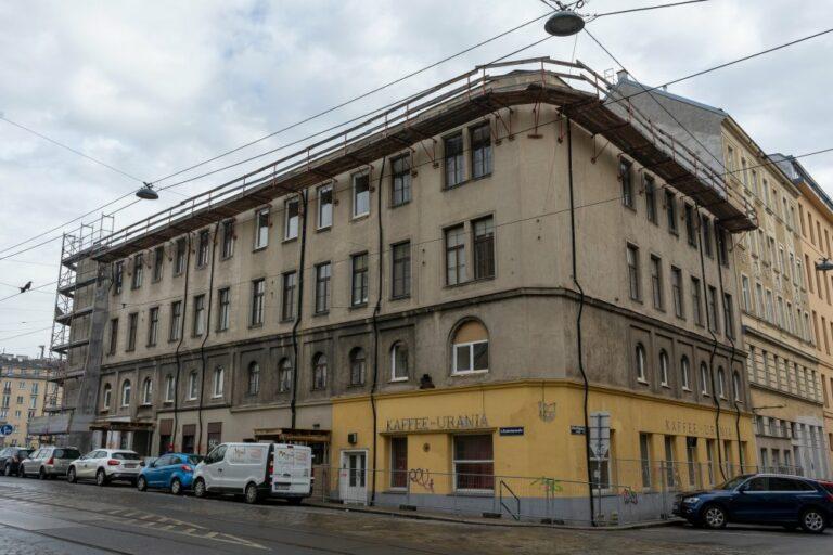"""Spekulationshaus"" Radetzkystraße/Obere Weißgerberstraße, 1030 Wien, geschlossenes ""Kaffe-Urania"", 3. Bezirk, Wien"