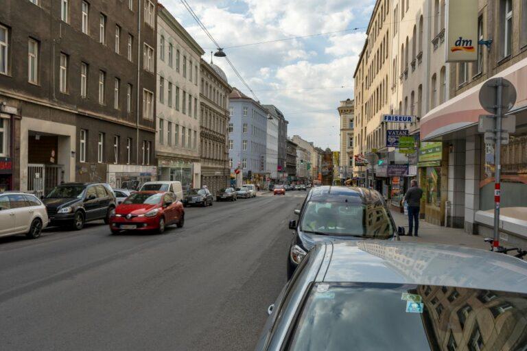 Reinprechtsdorfer Straße, Siebenbrunnengasse, Autos