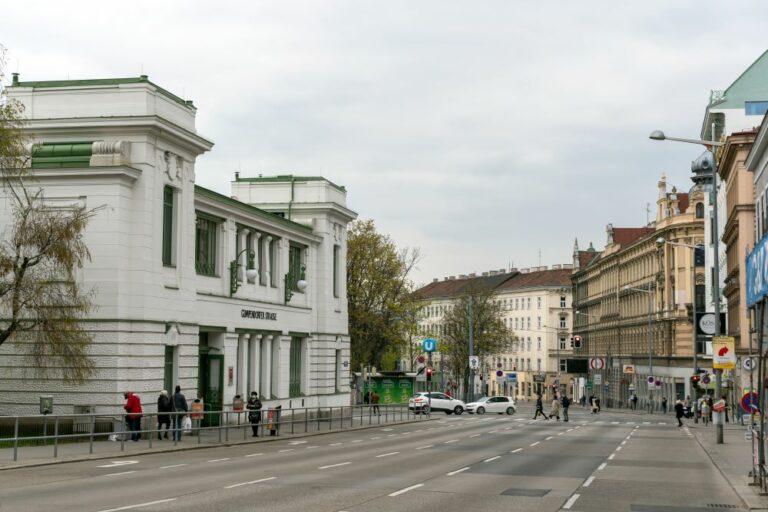 Mariahilfer Gürtel, U-Bahn-Station, Jugendstil, Gründerzeithäuser, Straße, Wien