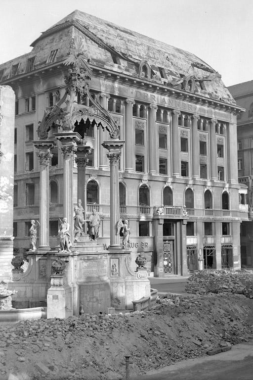 Hoher Markt nach dem 2. Weltkrieg, Trümmer, Bombentreffer