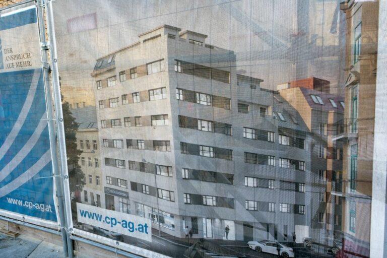 Visualisierung eines Neubaus, Plakat, Baustelle, Mariahilfer Gürtel