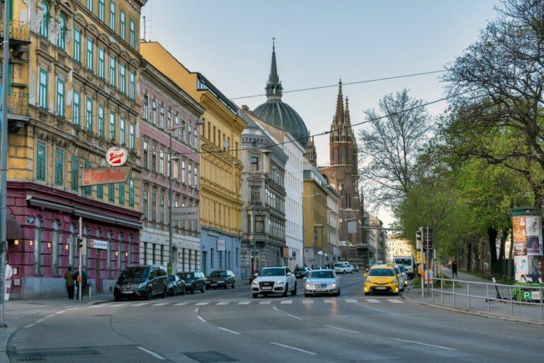 Gürtel, Kirche, Straße, Wien, Autos, Gründerzeithäuser