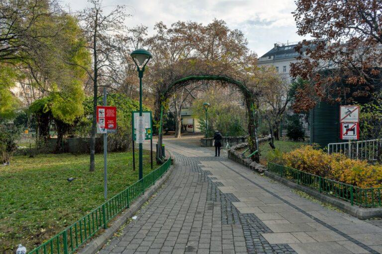 Kardinal-Nagl-Platz (Foto: 2020)