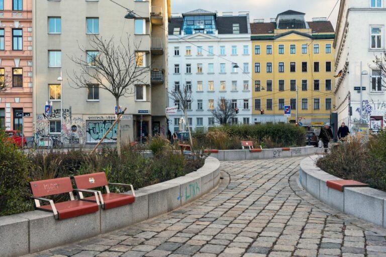 Begrünung, Pflastersteine, Wien-Margareten, Brücke