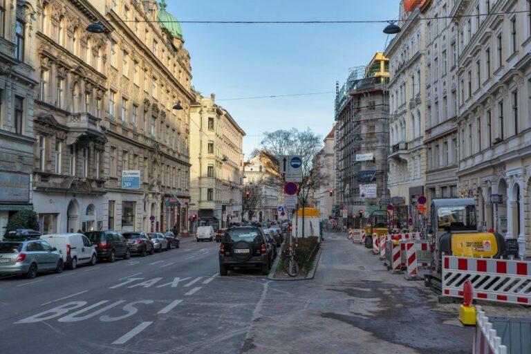 Straßenbauarbeiten in der Burggasse, 1070 Wien