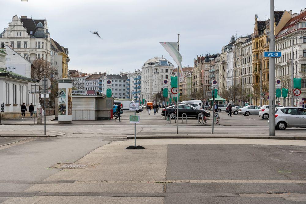 Naschmarkt, Kettenbrücke, Parkplatz, Wienzeile, Asphalt