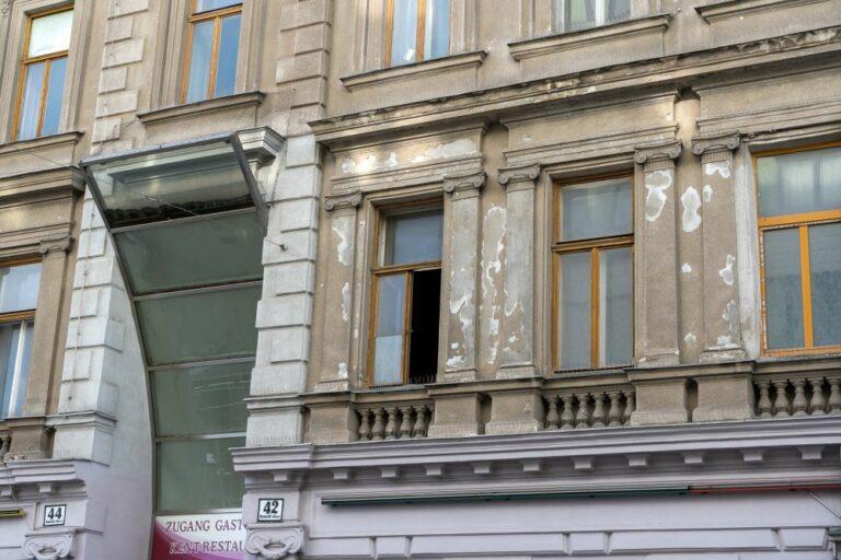 Fassade eines Gründerzeithauses, Historismus, Wien-Favoriten
