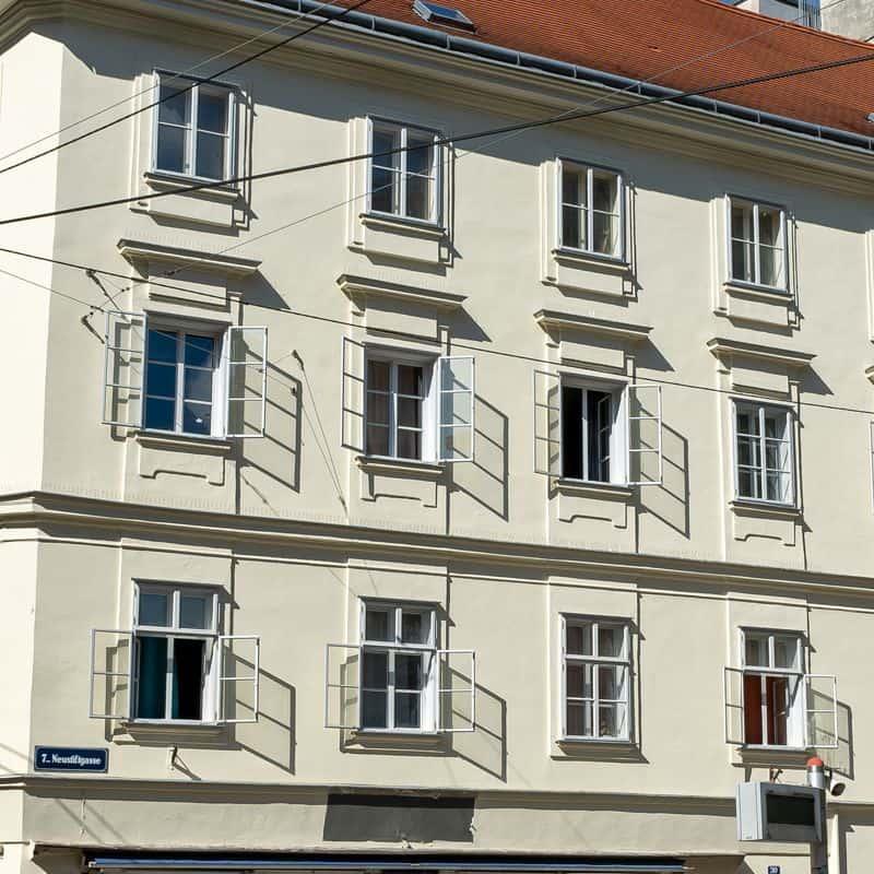 Read more about the article Neustiftgasse 30: Historisches Gebäude renoviert
