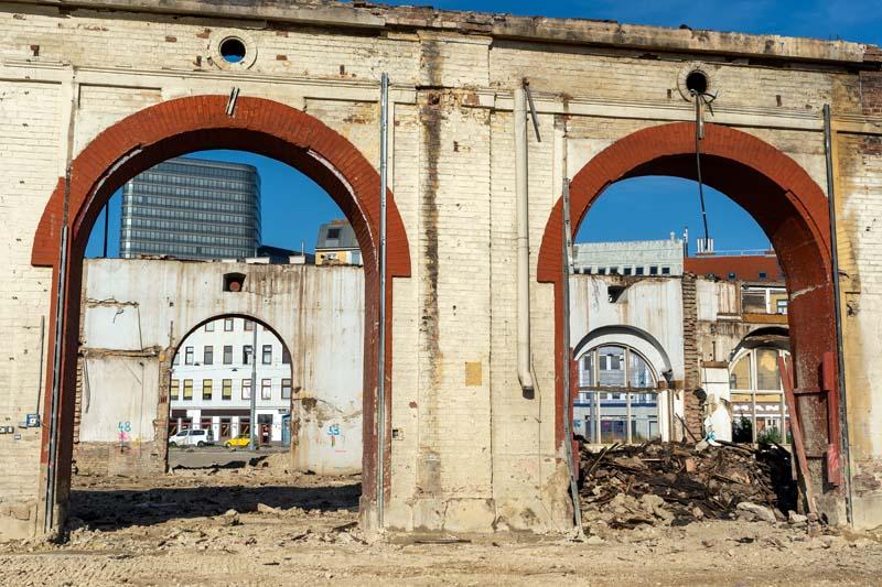 """Read more about the article Wie aus der historischen Gösserhalle eine """"Ruine"""" wurde"""