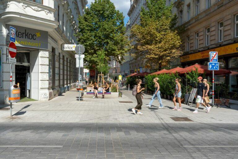 Begegnungszone und Wohnstraße in der Neubaugasse/Lindengasse, 1070 Wien