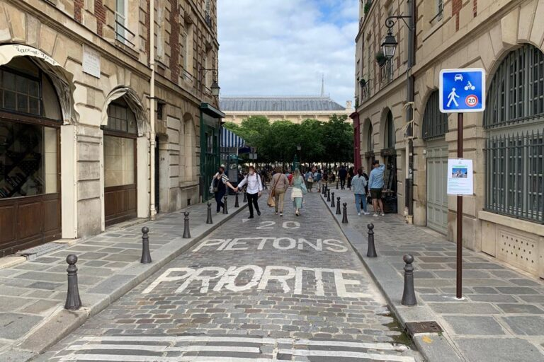 Verkehrsberuhigung, shared space, Paris