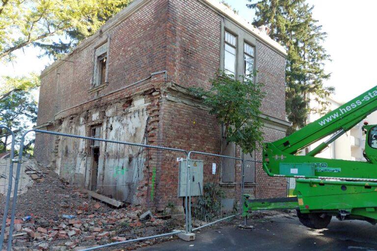 historisches Gebäude des Otto-Wagner-Spitals am Steinhof wird abgerissen, Fleischerei