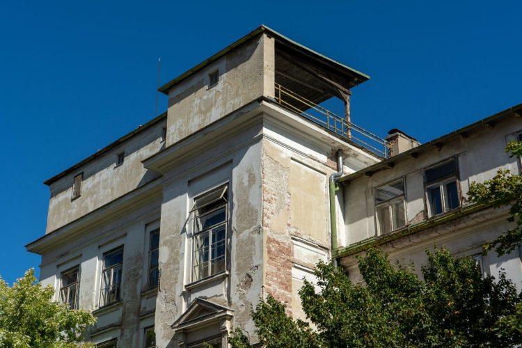 Dach der ehemaligen Kinderklinik des Wiener Allgemeinen Krankenhauses, Alsergrund