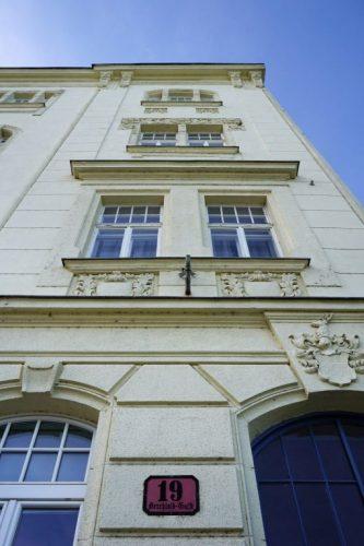 Gründerzeithaus Berchtoldgasse 19 in Kaisermühlen, Wien-Donaustadt (22. Bezirk), erbaut 1906