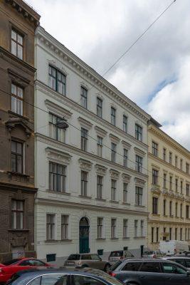 Gründerzeithäuser in der Graf-Starhemberg-Gasse, Wien-Wieden