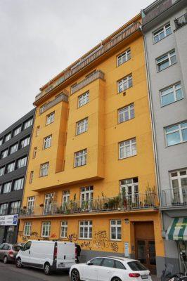 Wohnhaus aus der Zwischenkriegszeit in Wien-Mariahilf