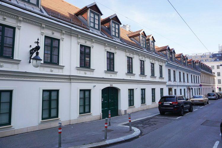 denkmalgeschützte Biedermeierhäuser Marchettigasse 2-6, 1060 Wien