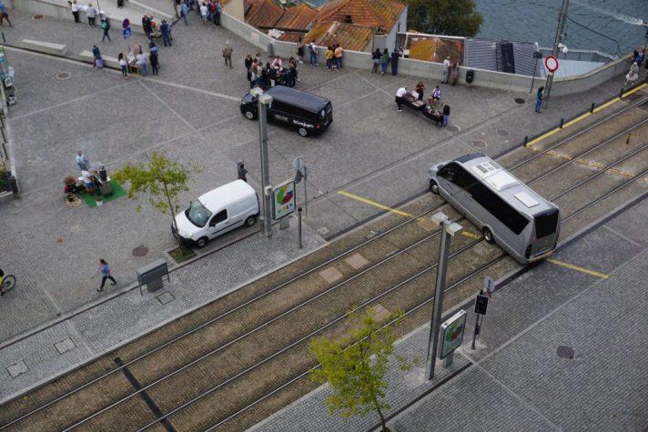 Kreuzung in Porto, Portugal