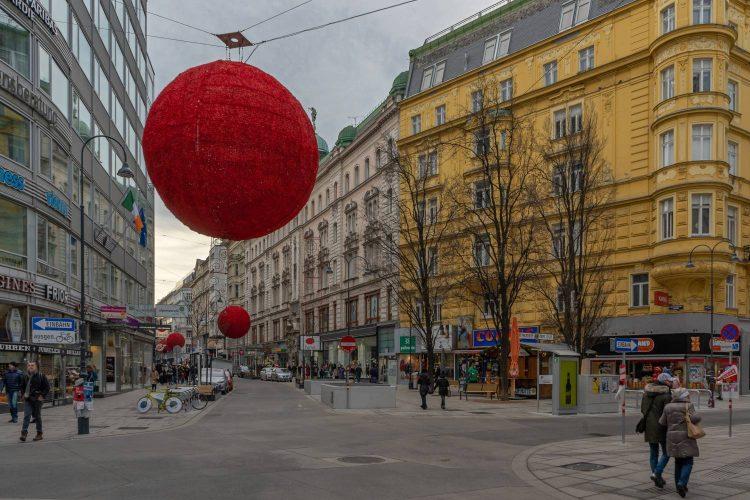 Rotenturmstraße nach dem Umbau zur Begegnungszone, 2019, Wien, Innere Stadt