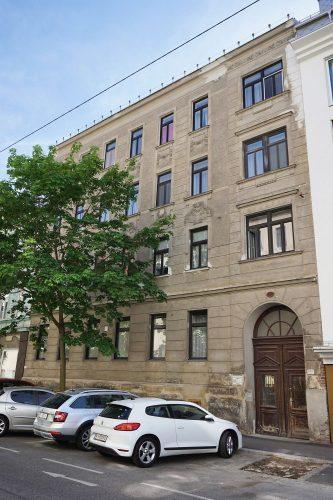 Gründerzeithaus Schiffmühlenstraße 76 in Kaisermühlen, Wien-Donaustadt (22. Bezirk)